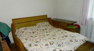 Apartament 3 camere decomandat, 2 bai, parter inalt, zona Closca