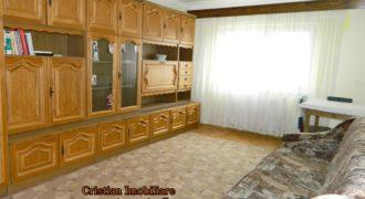 Apartament 3 camere decomandat, 2 bai, Cetate