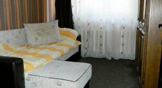 Apartament 3 camere decomandat, etaj 1, Cetate-Poligonului