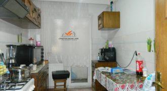 Apartament 4 camere, foste proprietati, Cetate zona Closca, etaj intermediar