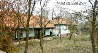 Casa in Henig, 6700 mp teren, la 18 km de Alba Iulia -oportunitate accesare fonduri europene!