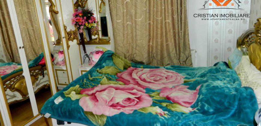 Apartament 3 camere decomandat, Cetate