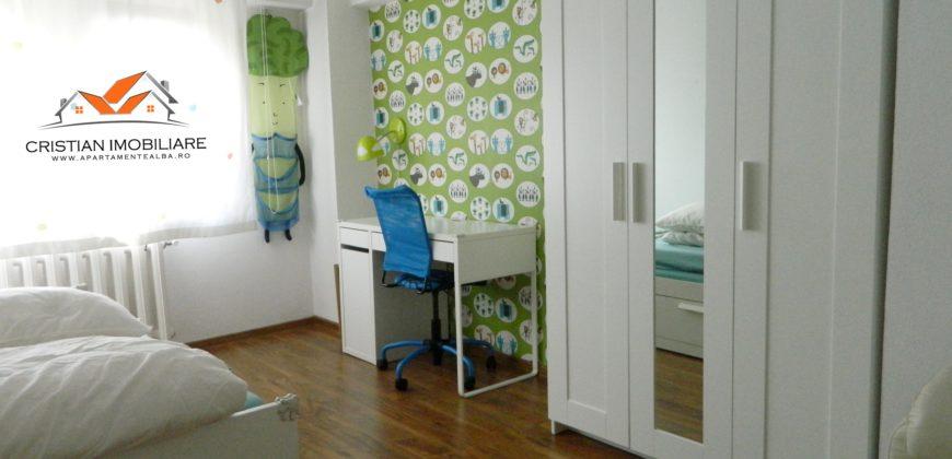 Apartament 4 camere, scara interioara, Centru zona linistita