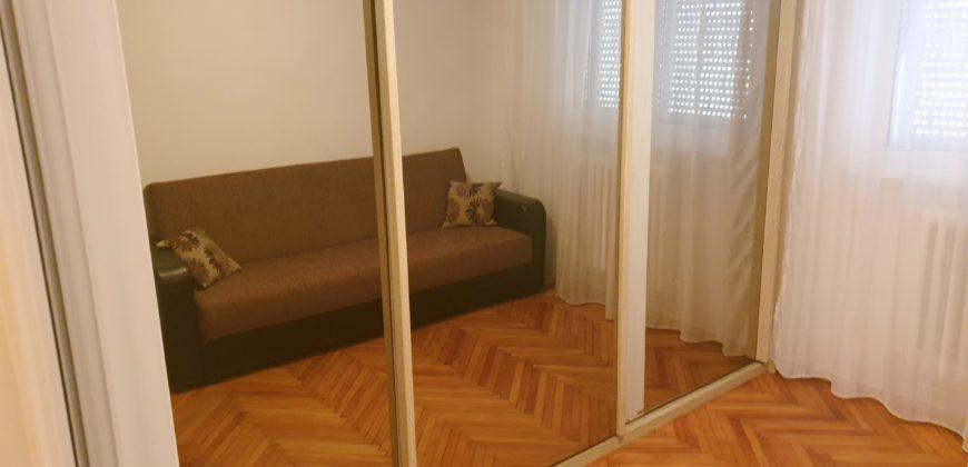 Apartament 3 camere, mobilat-utilat, Cetate-Lidl