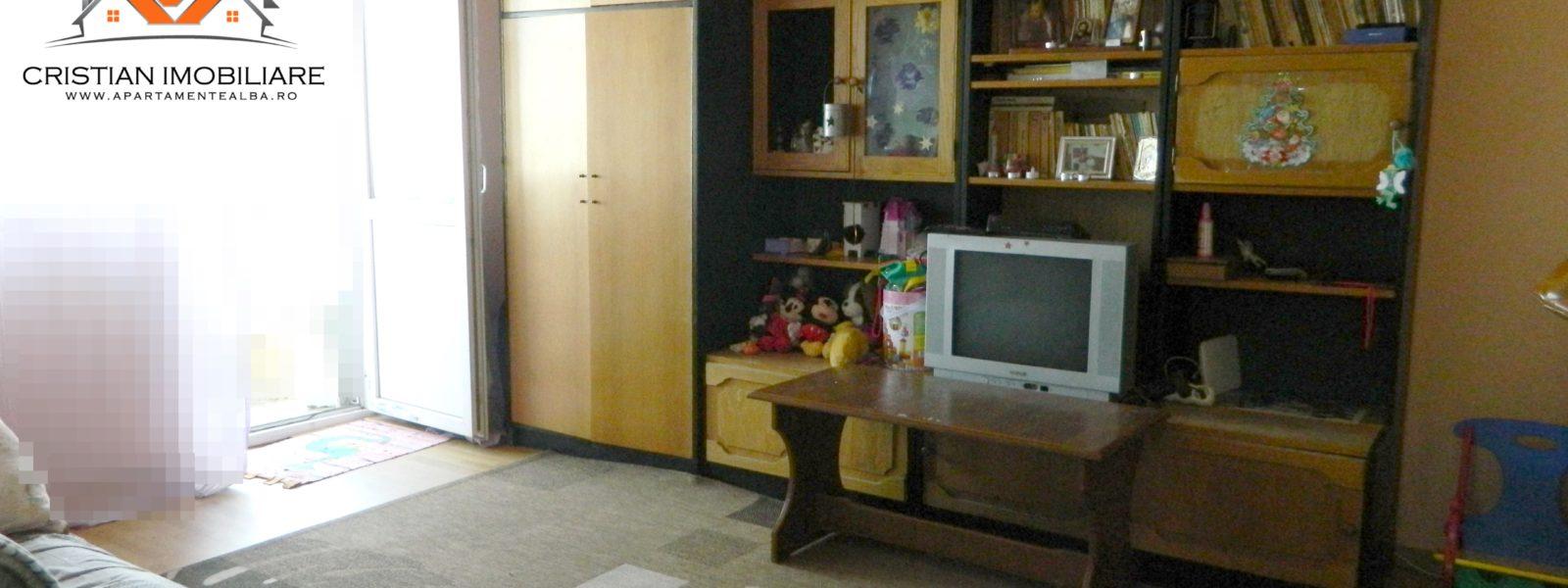 Apartament 2 camere decomandat, etaj intermediar, Cetate-Bulevard!