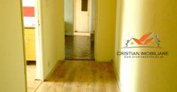 Apartament 2 camere, Cetate-Mercur, etaj intermediar !!!