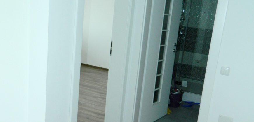 Apartament 2 camere decomandat, etaj 3, Centru, bloc nou