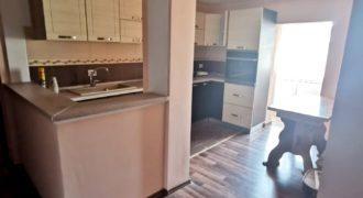 Apartament 3 camere decomandat, Cetate zona Mercur!