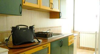 Apartament 4 camere, etaj intermediar, Centru !