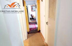 Apartament 3 camere decomandat, etaj 1, Cetate-Mercur!