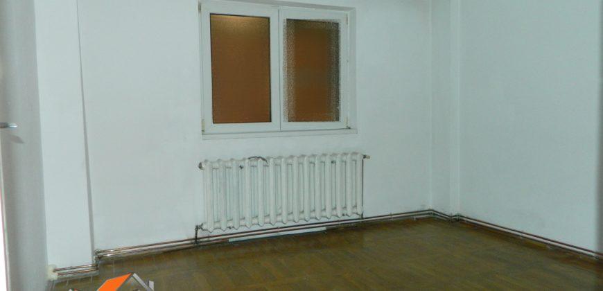 Apartament 4 camere decomandat, zona Dedeman, 70 mp !