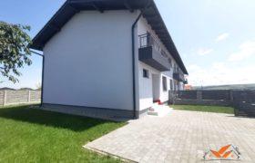 Casa finisata la cheie in regim cuplat, 117 mp utili, Cetate !