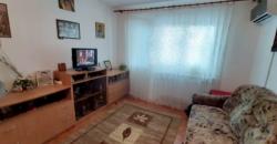 Apartament 2 camere, bloc de caramida, Cetate