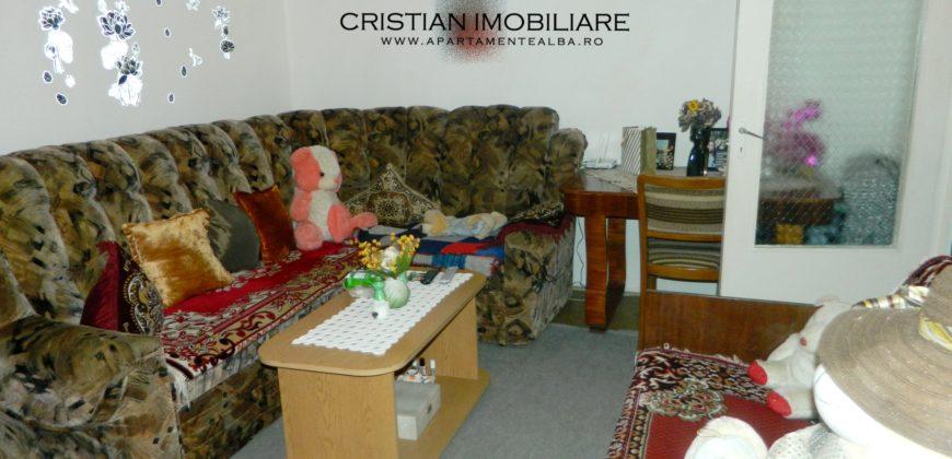 Apartament 2 camere, 2 balcoane, etajul 2, Cetate zona Mercur