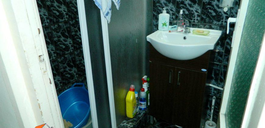 Apartament 3 camere, etajul 3, Cetate!