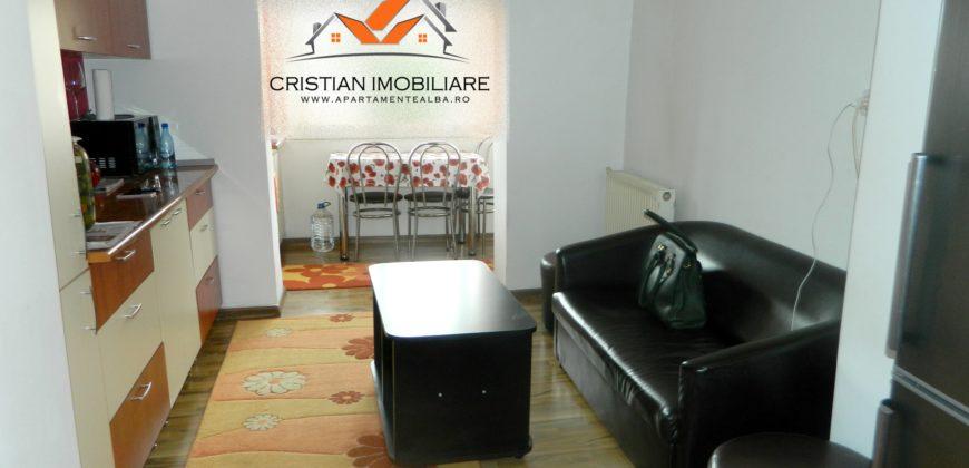 Apartament 2 camere decomandat cu terasa, zona Ampoi