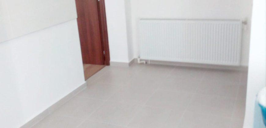 Apartament 2 camere decomandat, Cetate-Bulevard!