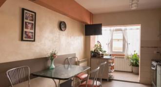 Apartament decomandat, 3 camere, 2 bai, Ampoi 3