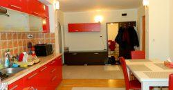 Apartament 3 camere, decomandat, etajul 1, Cetate zona Mercur