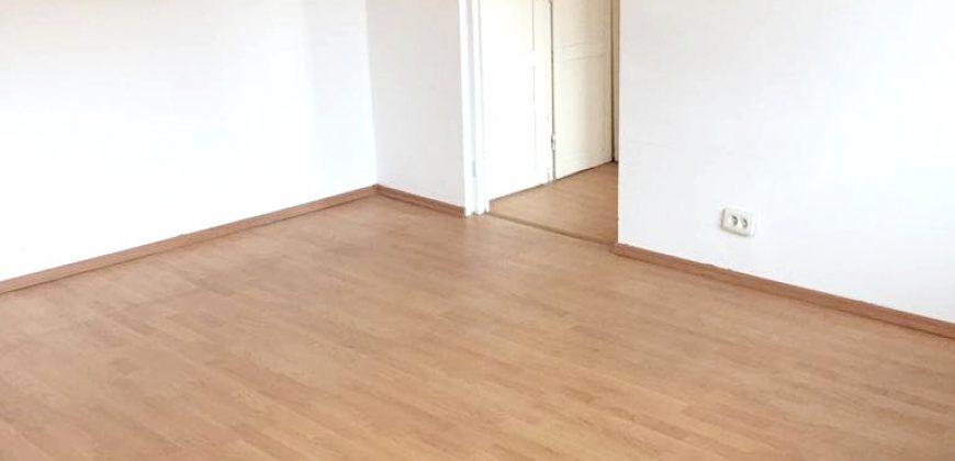 Apartament 2 camere, Cetate zona Piata