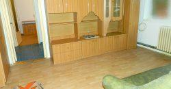 Apartament 2 camere, parter, bloc de caramida, Cetate !
