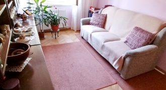 Apartament 2 camere , etaj 2, Cetate !!!