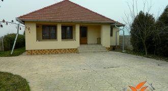 Casa pe nivel, Alba Iulia cartier Barabant