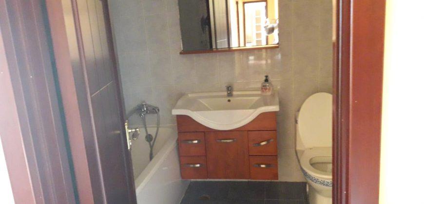 Apartament 3 camere decomandat, etajul 2, Cetate