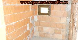 VAND/SCHIMB cu apartament sau garsoniera 1/2 duplex la rosu, zona Partos!