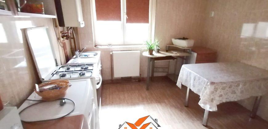 Apartament 2 camere decomandat, Centru!