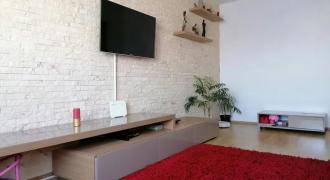 Apartament 2 camere, decomandat, etajul 1, cartier Orhideea
