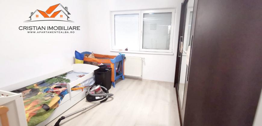 Apartament 3 camere decomandat, Centru !