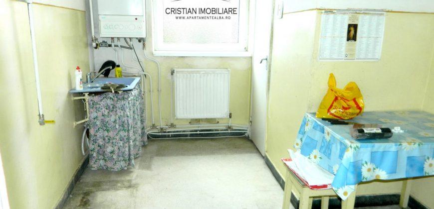 Apartament 3 camere, Cetate zona Bulevard