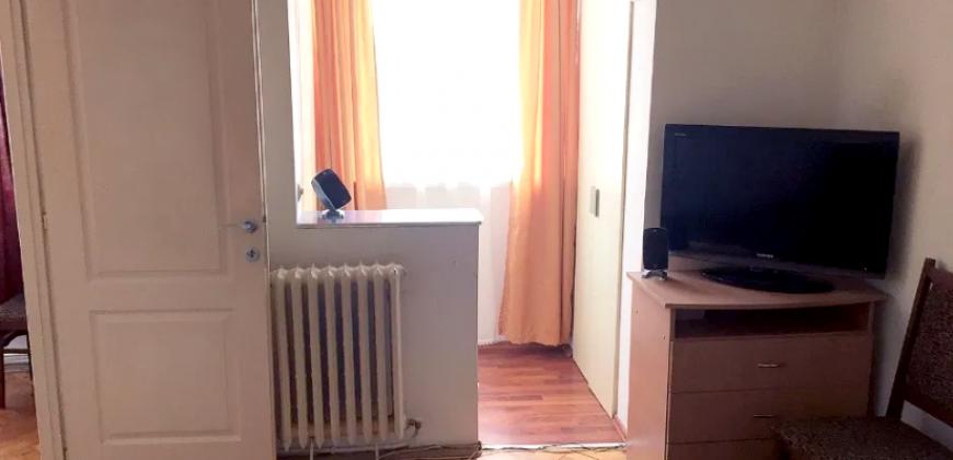 Apartament 2 camere , etajul 1, Cetate-Bulevard!
