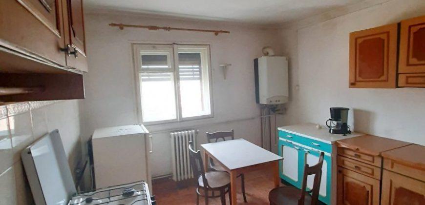 Apartament 2 camere Cetate zona Piata