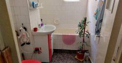 Apartament 3 camere, ETAJ 1, 70 mp, Cetate, zona Closca!