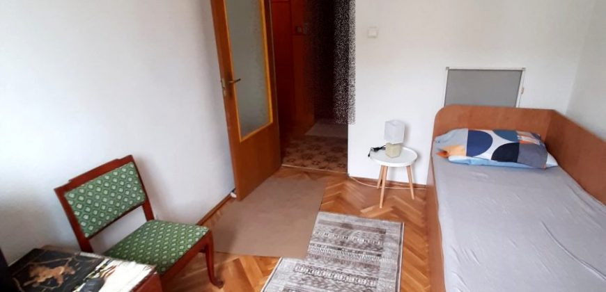Apartament 3 camere etajul 1, Cetate zona Bulevard