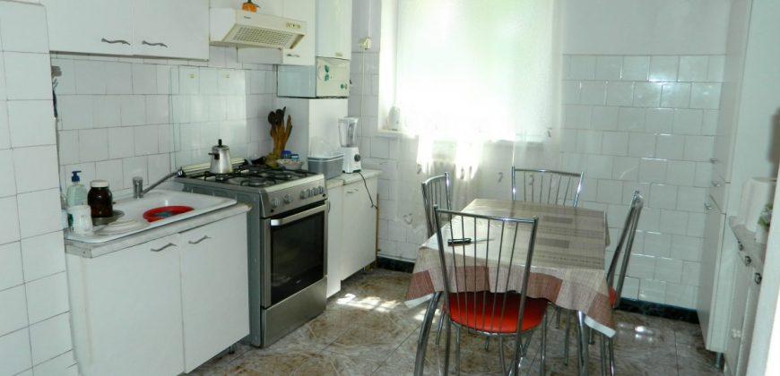 Apartament 3 camere etajul 1, Cetate zona Closca
