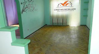 Apartament 2 camere, etaj intermediar, Cetate zona Spital