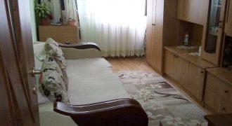 Apartament 2 camere, decomandat, Cetate, etajul 2