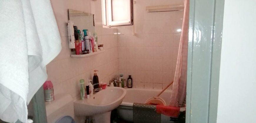 Apartament 2 camere, Cetate, etaj 1 !!!