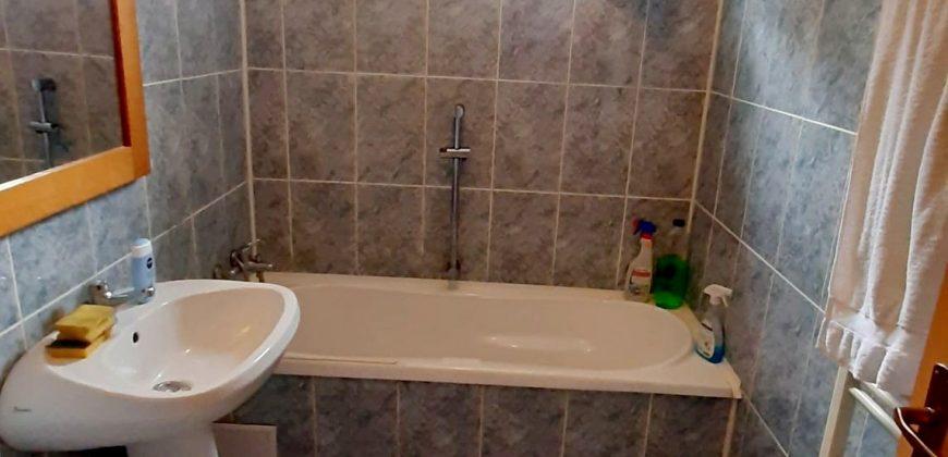 Apartament 3 camere decomandat, Cetate-Tolstoi