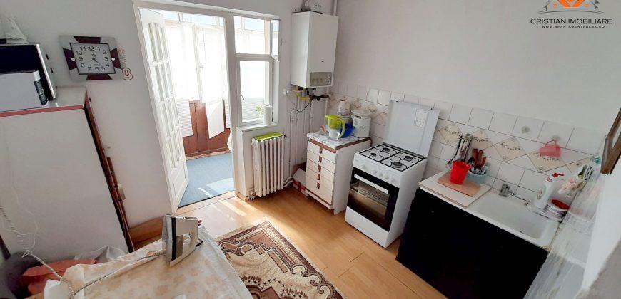 Apartament 3 camere, decomandat, Tolstoi