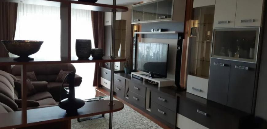Apartament 2 camere Cetate,finisat,mobilat utilat
