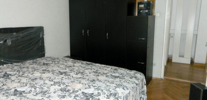 Apartament 4 camere Cetate-Bulevard, etajul 1