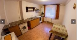 Apartament 3 camere 68 mp, decomandat, Cetate zona Liceul Sportiv