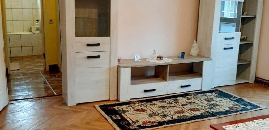 Apartament 2 camere Cetate-Piata, mobilat