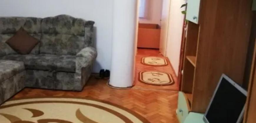 Apartament 3 camere, Tolstoi, parter