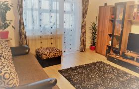Apartament 2 camere, decomandat, etajul 1, Cetate-Closca