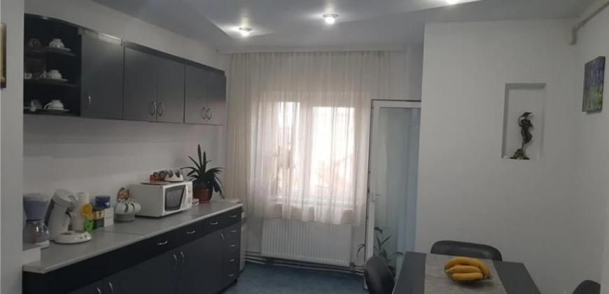 Apartament 2 camere, etajul 2, zona Dedeman